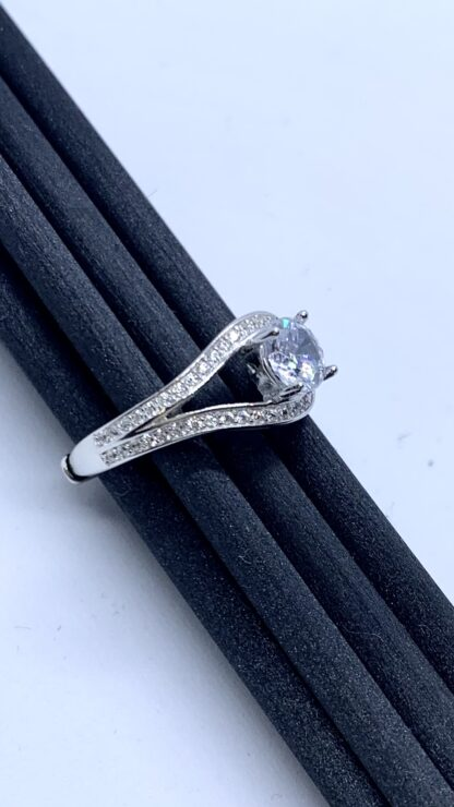 Close up - Sparkle ring 2